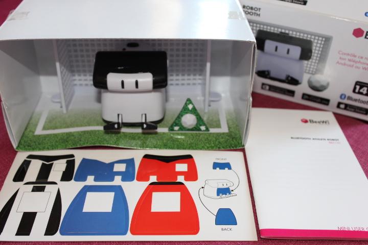 [Test] Mini Robots Bluetooth Athlète BeeWi 2